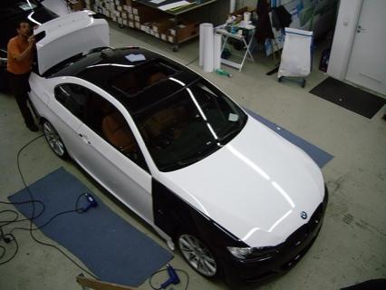 Pintando un BMW 335i con unas láminas 3M