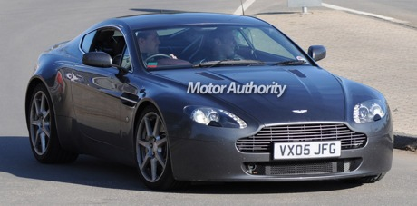 Aston Martin V12 RS