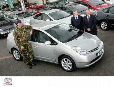 El Toyota Prius se alista en el ejército