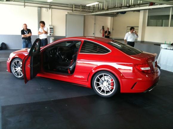 Mercedes C63 AMG Black Series Coupé aparece totalmente al descubierto