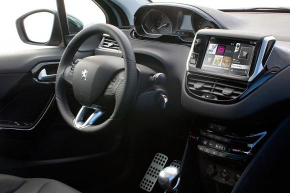 Oficial: Peugeot 208
