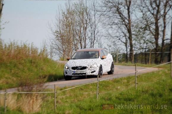 Volvo quiere un S60 más potente y atractivo
