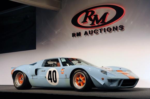 Subastan el Ford GT40 Gulf de Steve McQueen por 11 millones de dólares
