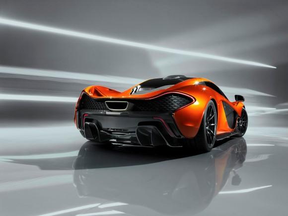 McLaren P1, rumbo a París
