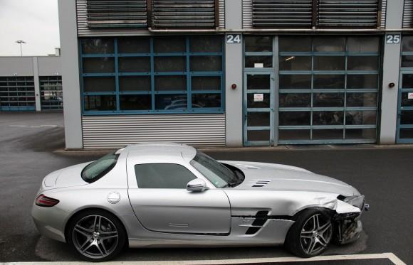 Destrozan un Mercedes SLS AMG en Alemania