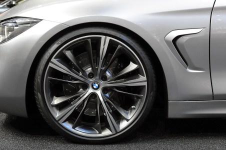 12-bmw-concept-4-series-coupe-detroit
