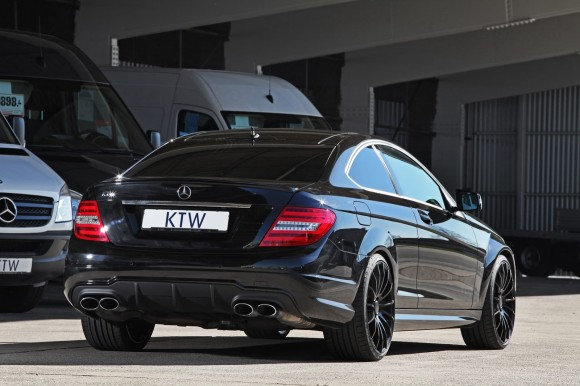 KTW-Mercedes-C63-AMG-Coupe-9[2]