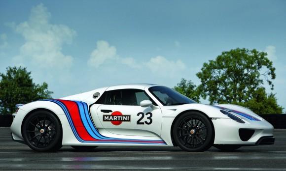 Porsche 918 Spyder Martini Racing side