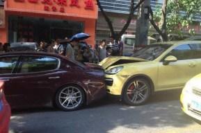 Estrella un Porsche Cayenne Turbo contra el Maserati Quattoporte de su esposo