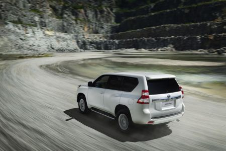 toyota-land-cruiser-2014-4