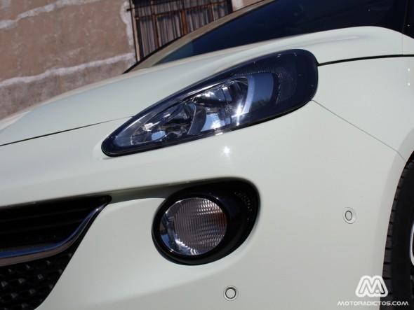 Prueba: Opel Adam 1.4 100 caballos (equipamiento, comportamiento, conclusión) 3