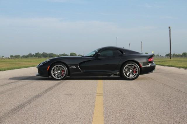 Oficial: SRT Viper GTS Venom 700R 2