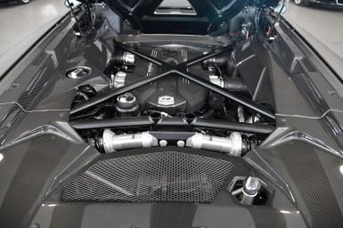 A la venta un Lamborghini Aventador Roadster modificado por Liberty Walk