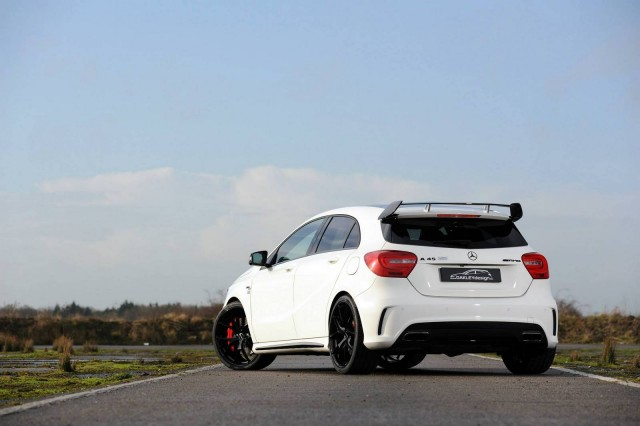 Oakley Design se atreve con el Mercedes A45 AMG 3