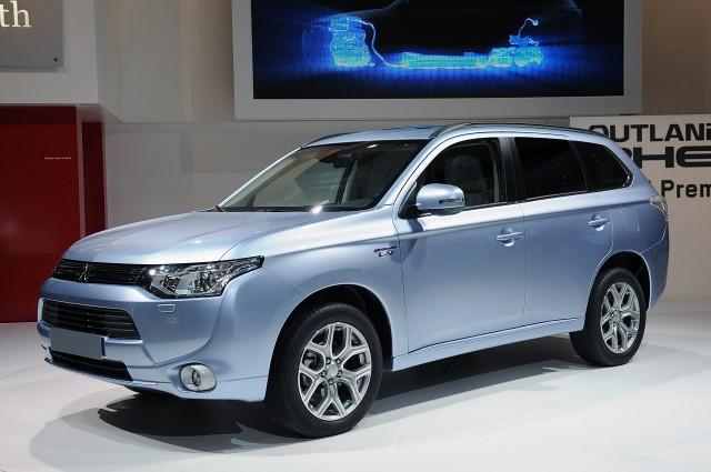 El Mitsubishi Outlander PHEV rebaja sustancialmente su precio 1