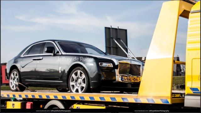 Estrella su BMW M5 contra un Rolls-Royce Ghost 2
