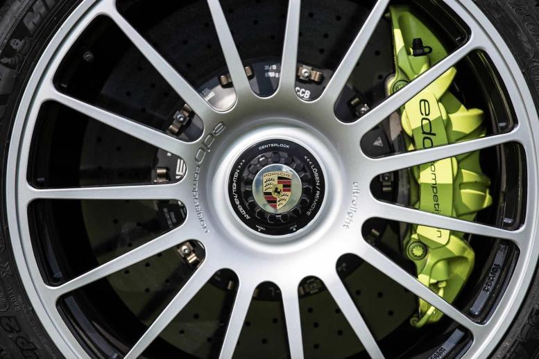Edo Competition nos presenta su Porsche 911 Turbo S