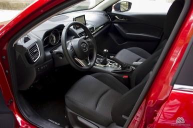 Prueba: Mazda 3 SkyActiv-G 100 CV (equipamiento, comportamiento, conclusión)