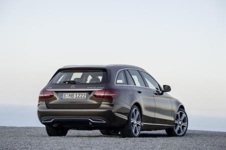 Mercedes-Benz-Clase-C-Estate-2