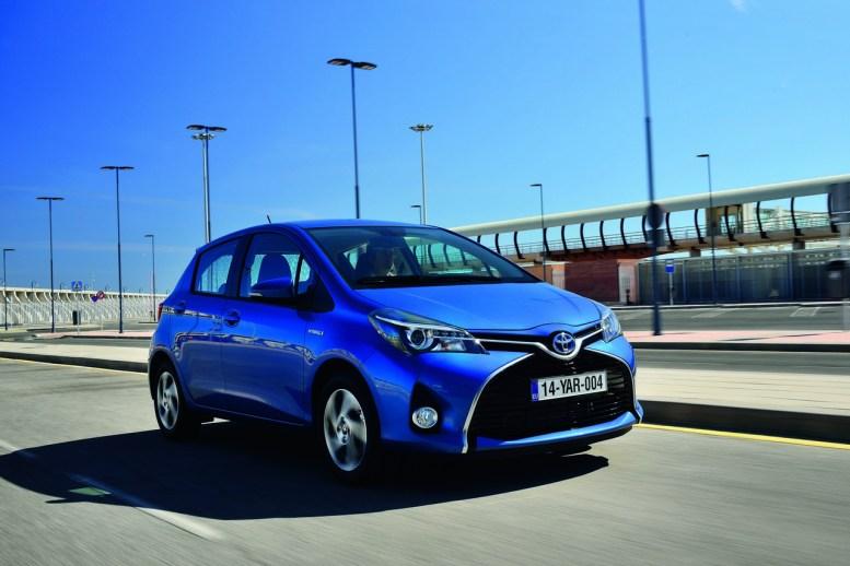 Toyota Yaris 2015: diseño y equipamiento mejorados