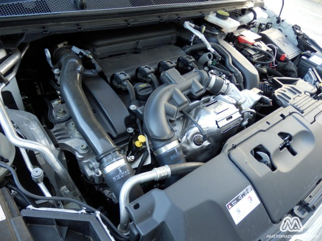 Prueba: Peugeot 308 1.6 THP 125 CV (diseño, habitáculo, mecánica) 1