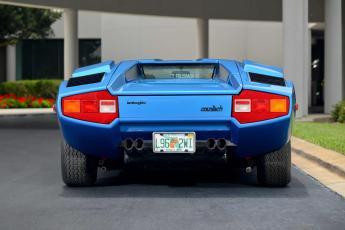 Subastan un Lamborghini Countach LP400 Periscopica por 900.000 euros