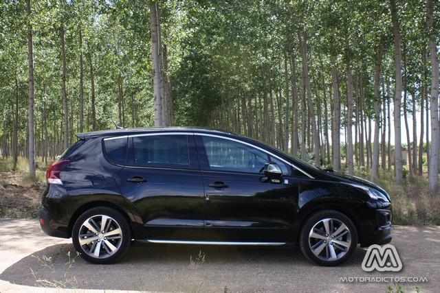 Prueba: Peugeot 3008 HYbrid4 (diseño, habitáculo, mecánica) 5