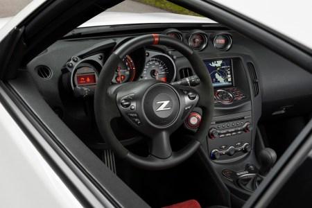 Nissan-370Z-Nismo-16