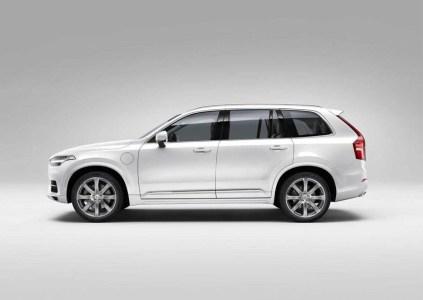 Volvo-XC90-2015-19