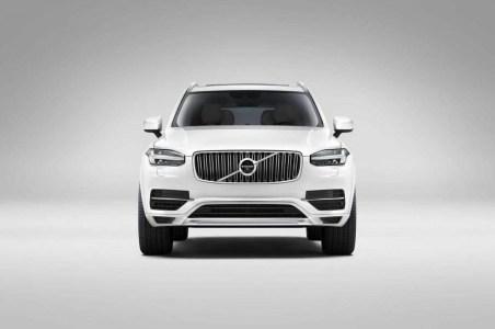 Volvo-XC90-2015-27