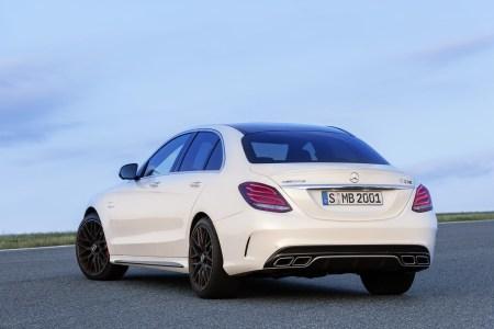 Mercedes-C63-AMG-3
