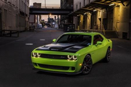2015-Dodge-Challenger-1