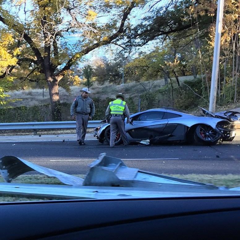 Destrozan un McLaren P1 en Dallas, Estados Unidos