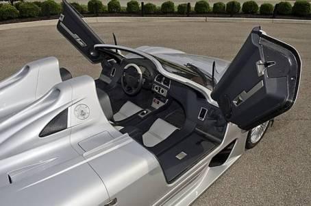 2002-mercedes-benz-clk-gtr-4