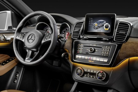 2016-Mercedes-Benz-GLE-Coupe-42