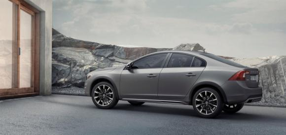 Volvo-S60-Cross-Country-7