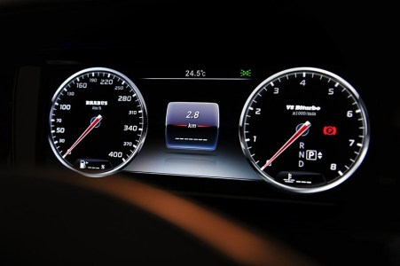 brabus-850-60-biturbo-coupe-interior-2.jpg