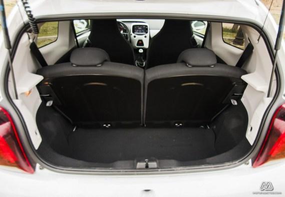 Prueba: Peugeot 108 Allure TOP! PureTech 82 CV (equipamiento, comportamiento, conclusión)