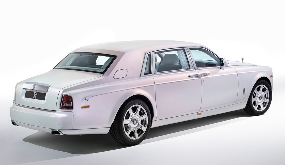 Rolls-Royce_Phantom_Serenity_2.jpg