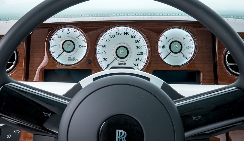 Rolls-Royce_Phantom_Serenity_4.jpg
