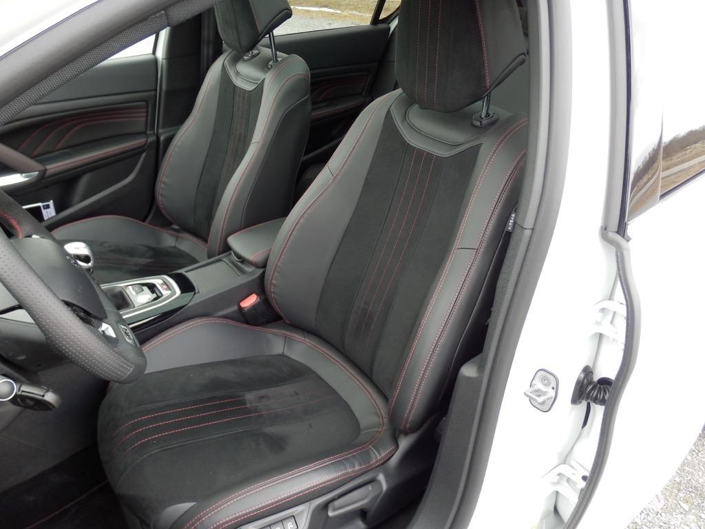 Contacto: Peugeot 308 GT THP y HDI. Probamos los 308 más deportivos actualmente 2