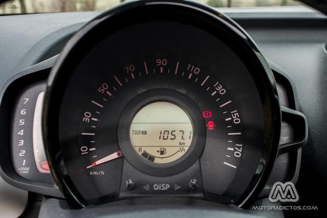 Prueba: Peugeot 108 Allure TOP! PureTech 82 CV (equipamiento, comportamiento, conclusión) 4