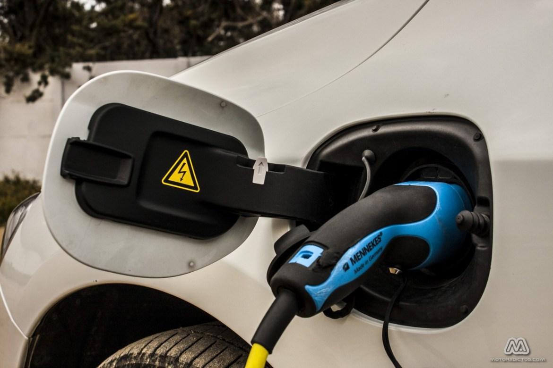 Prueba: Volvo V60 Plug-In Hybrid AWD (diseño, habitáculo, mecánica) 1