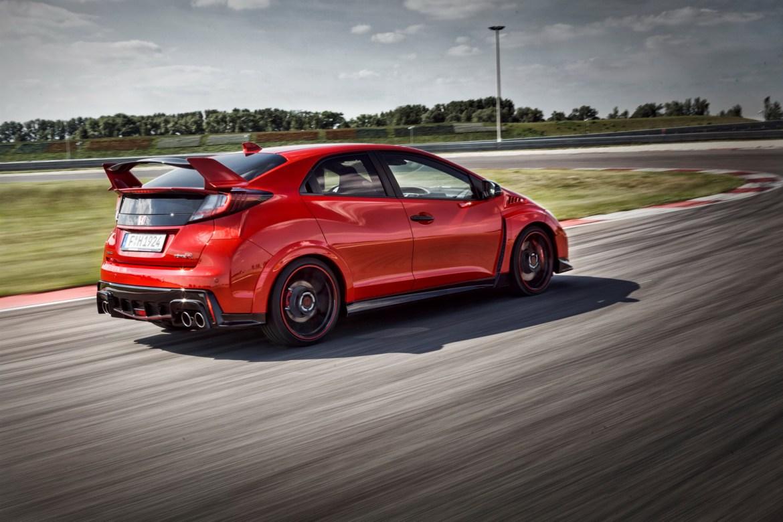 Más fotos y datos del nuevo Honda Civic Type R: El primer Type R turbo cada vez más cerca 3