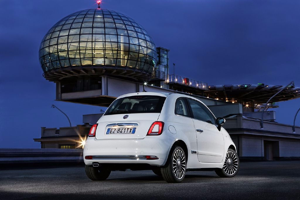Oficial: 2016 Fiat 500 y Fiat 500C, renovación a fondo y estética renovada 5