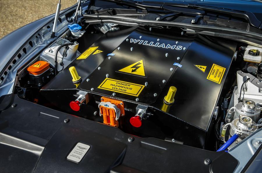 Aston Martin dará el salto total a los híbridos en solo unos años