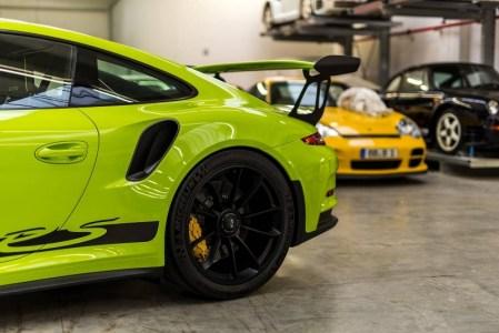 Porsche-911-GT3-RS-7
