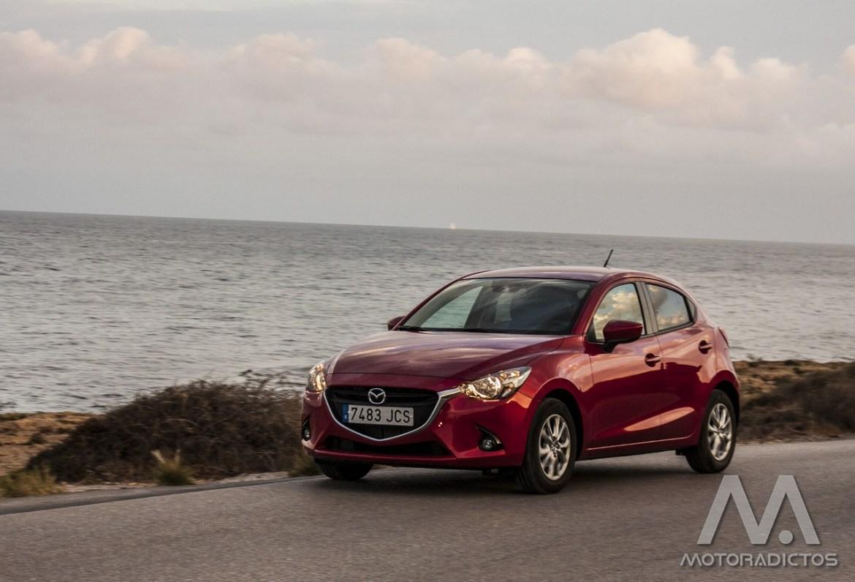 Prueba: Mazda 2 SkyActiv-G 75 CV Style+ (diseño, habitáculo, mecánica) 9