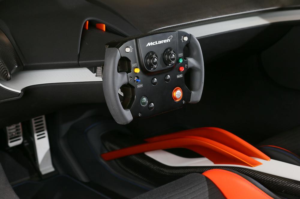 McLaren 675LT JVCKENWOOD Concept: Un interior mucho más futurista 2