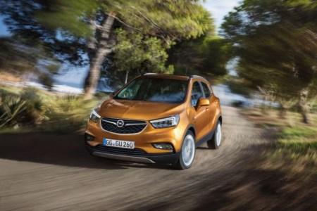 Opel Mokka X 2017: Renovación profunda para el SUV con numerosos cambios
